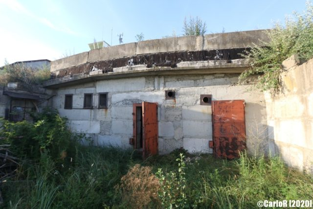 Delapidated cement building at Tököl Airbase