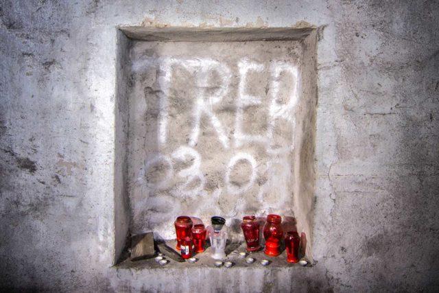 Memorial for a fallen explorer